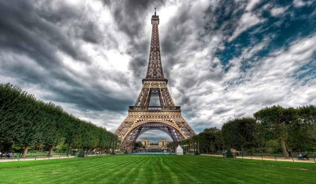 Travelling in France Would Not be Memorable Without Visiting the Eiffel Tower